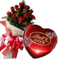 Red roses with Lindor, Swiss Chocolate