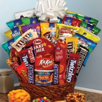 20 items chocolate basket